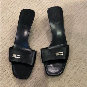 Black Gucci Mules with Kitten heel